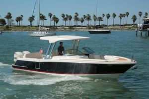 Used Chris-Craft 30 Calypso Dual Console Boat For Sale