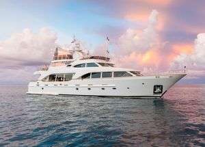 Used Benetti Tradition 100 Motor Yacht For Sale