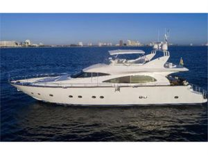 Used Mochi Craft Motor Yacht For Sale