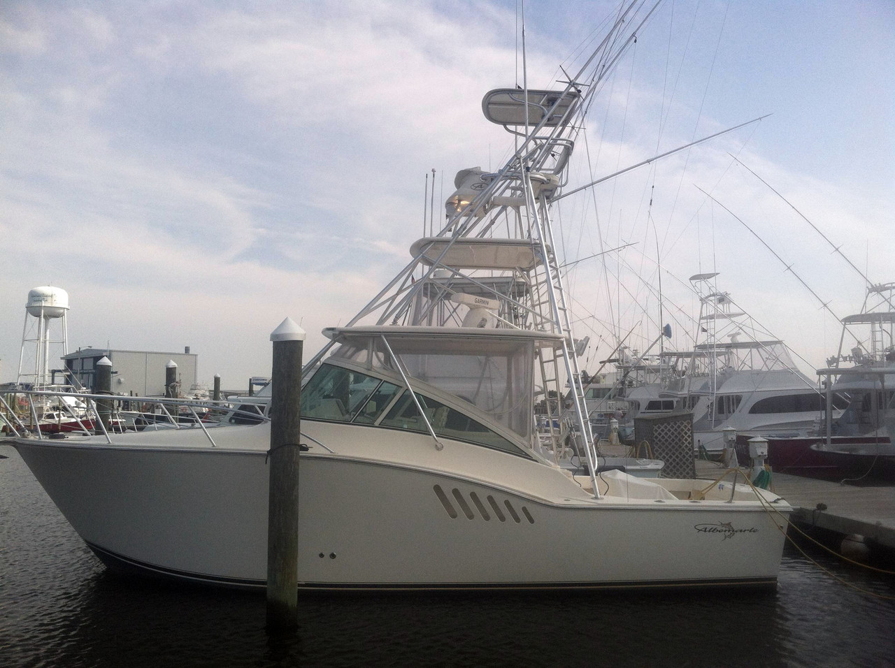 2008 used albemarle 330 express fisherman sports fishing for Express fishing boats for sale