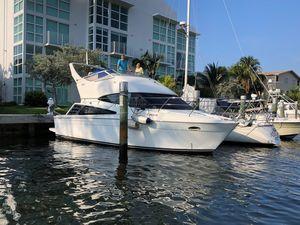 Used Carver 33 Super Sport Cruiser Boat For Sale