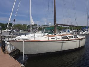 Used S2 11 Racer and Cruiser Sailboat For Sale