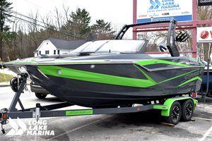 New Supreme Ski and Wakeboard Boat Ski and Wakeboard Boat For Sale