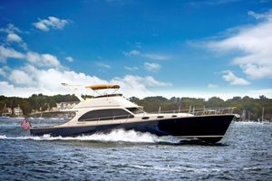New Palm Beach Motor Yachts PB65 Express Cruiser Boat For Sale