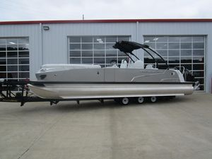 New Princecraft Vogue 29 XT Pontoon Boat For Sale