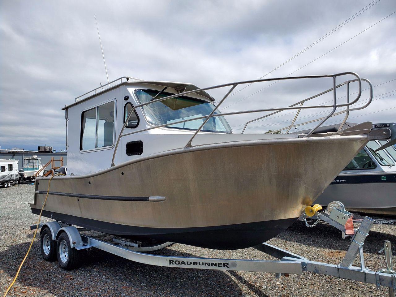 2016 Used Custom Aluminum Pocket Cruiser Boat For Sale