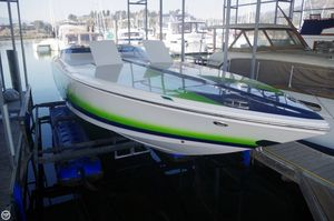 Used Donzi 35 ZR High Performance Boat For Sale