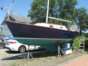 Used Quickstep 24 Daysailer Sailboat For Sale