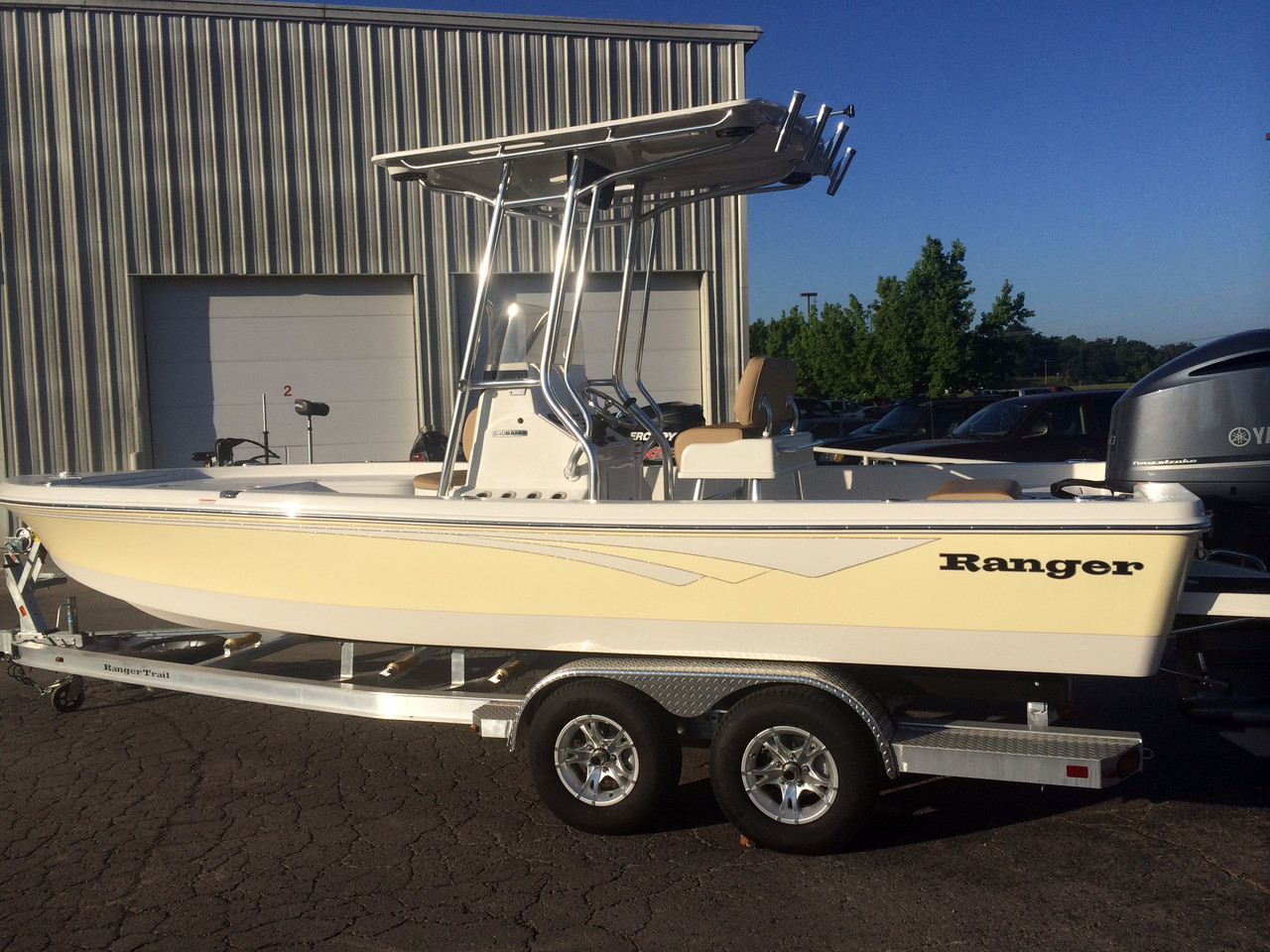 2016 new ranger 240 bahia center console fishing boat for for Center console fishing boats for sale