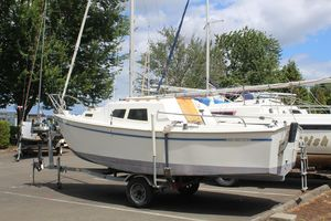 Used West Wight Potter-19 Cruiser Sailboat For Sale