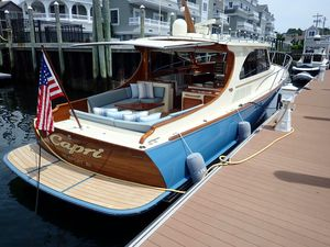 Used Hinckley Talaria 43 High Performance Boat For Sale