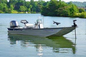 Used G3 Center Console Deluxe Freshwater Fishing Boat For Sale