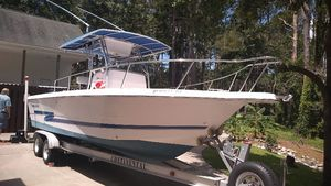 Used Pro-Line 240 High Performance Boat For Sale