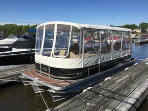 Used Manitou 23 Oasis SE VP Pontoon Boat For Sale
