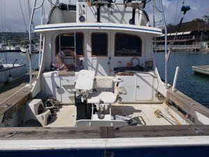 Used Topaz Sportfisher Sports Fishing Boat For Sale