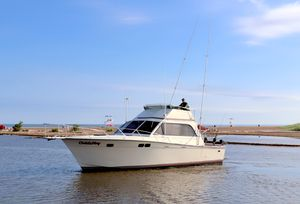 Used Pacemaker 38 Sportfish Convertible Fishing Boat For Sale