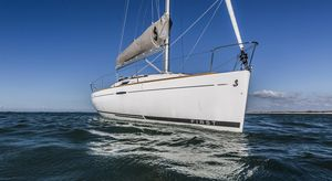 Used Beneteau First 25 Racer and Cruiser Sailboat For Sale