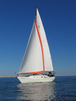 Used Ericson 30+ Cruiser Sailboat For Sale