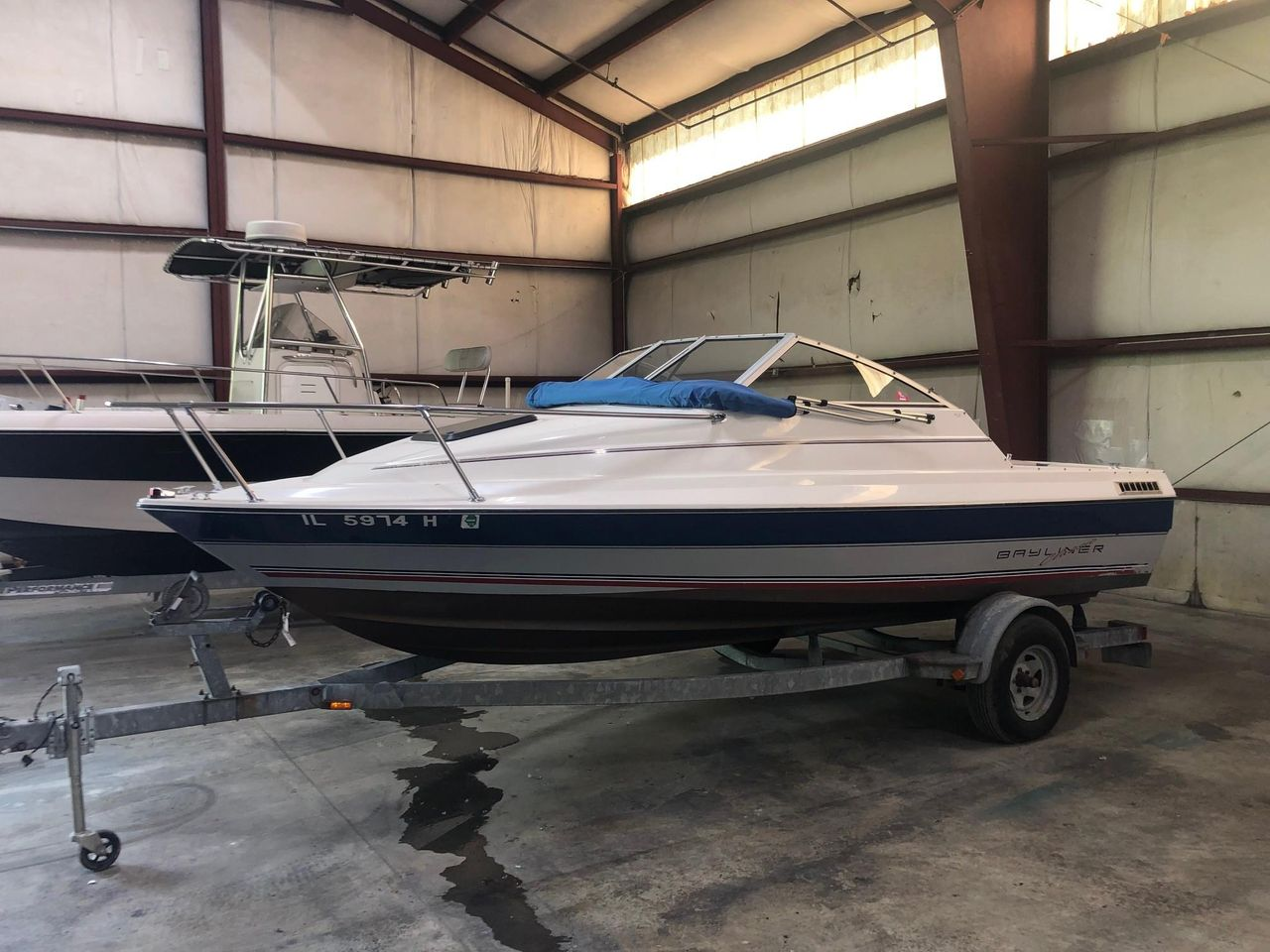 1992 Used Bayliner 1950 Cuddy Classic Cuddy Cabin Boat For Sale