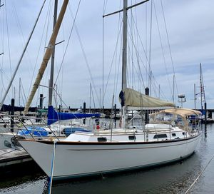 Used Passport Yachts 40 Cruiser Sailboat For Sale