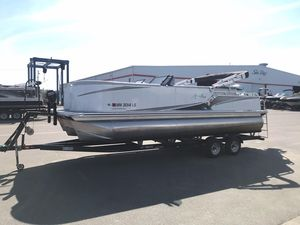 Used Avalon LSZ Pontoon Boat For Sale