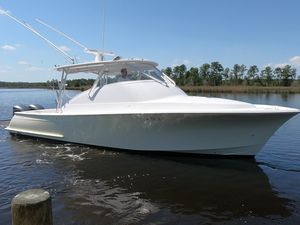 Used Custom Carolina Brooks-inside Stored-low Original Hours-best Sea Boat IN Her Class Sports Fishing Boat For Sale