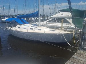 Used Tartan 31 Daysailer Sailboat For Sale