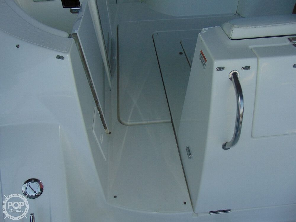 2000 Used Cruisers Yachts 3672 Express Cruiser Boat For Sale