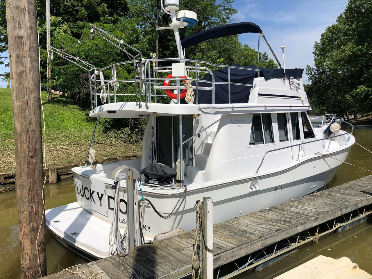 1998 Used Mainship 350 Trawler Cruiser Boat For Sale