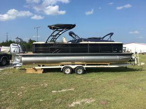 New Coach Pontoons 250 RF Pontoon Boat For Sale