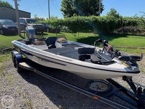 Used Pro Gator 200V Bass Boat For Sale
