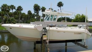 Used Everglades 260 CC Center Console Fishing Boat For Sale