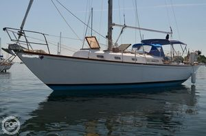 Used C & C Yachts Invader 36 Racer and Cruiser Sailboat For Sale