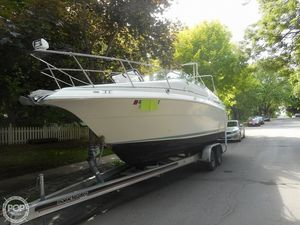 Used Cruisers Yachts Aria 2420 Walkaround Fishing Boat For Sale
