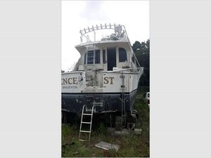 Used Post Sport Fisherman Convertible Fishing Boat For Sale
