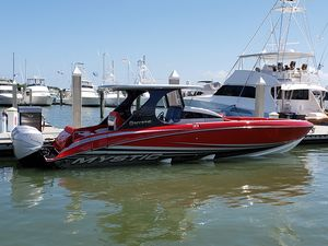New Mystic Powerboats M3800 High Performance Boat For Sale