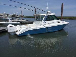 Used Everglades 320ex Cruiser Boat For Sale