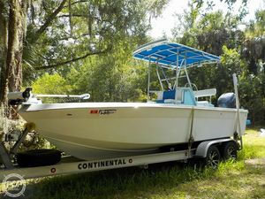 Used Invader 21V Center Console Center Console Fishing Boat For Sale