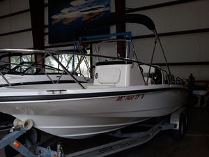 Used Boston Whaler 200 Dauntless Sports Fishing Boat For Sale