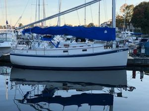 Used Hinterhoeller Nonsuch 26 Classic Daysailer Sailboat For Sale