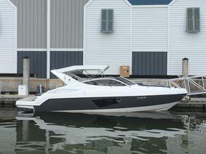 Used Schaefer 303 Cruiser Boat For Sale