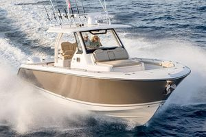 New Pursuit S 368 Sport Center Console Fishing Boat For Sale