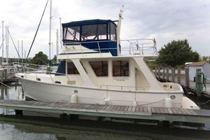 Used Mariner Seville 35 Sedan Trawler Boat For Sale