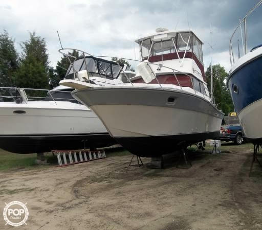 Used Silverton 31 Cruiser Boat For Sale