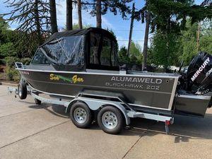 Used Alumaweld Blackhawk 202 Freshwater Fishing Boat For Sale
