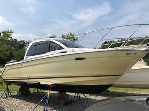 Used Cutwater C-242 Coupe Cruiser Boat For Sale
