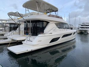 Used Aquila 48 Sports Cruiser Boat For Sale