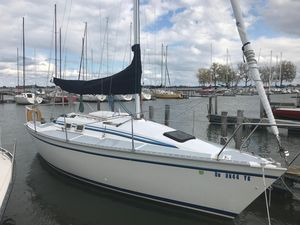 Used Hunter 25.5 Cruiser Sailboat For Sale