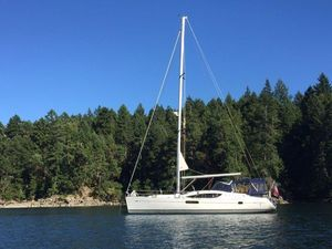 Used Jeanneau 45 Deck Salon Cruiser Sailboat For Sale