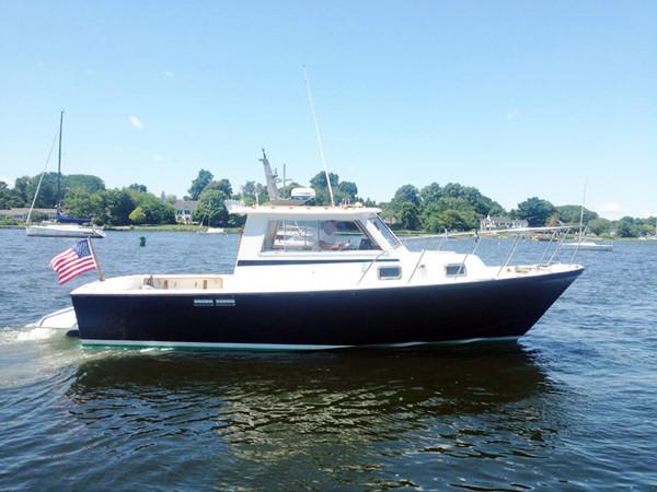 Used Surfhunter 30 Sedan Hardtop Downeast Fishing Boat For Sale